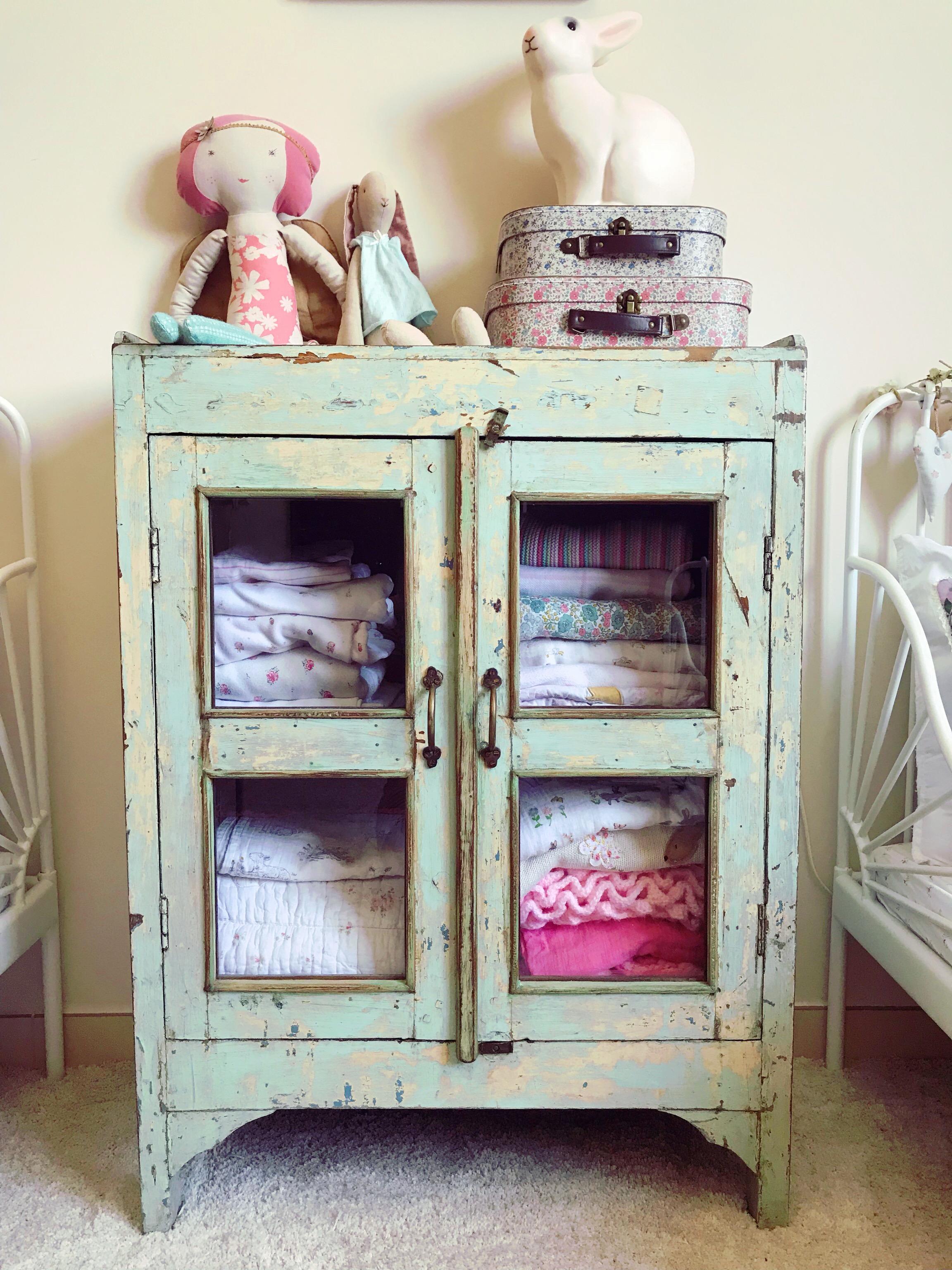 Cabinet U2013 Pinky Furniture (Instagram@pinkyfurniture)
